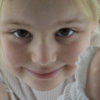 Coopérer ou obéir : lequel fonctionne le plus avec un enfant